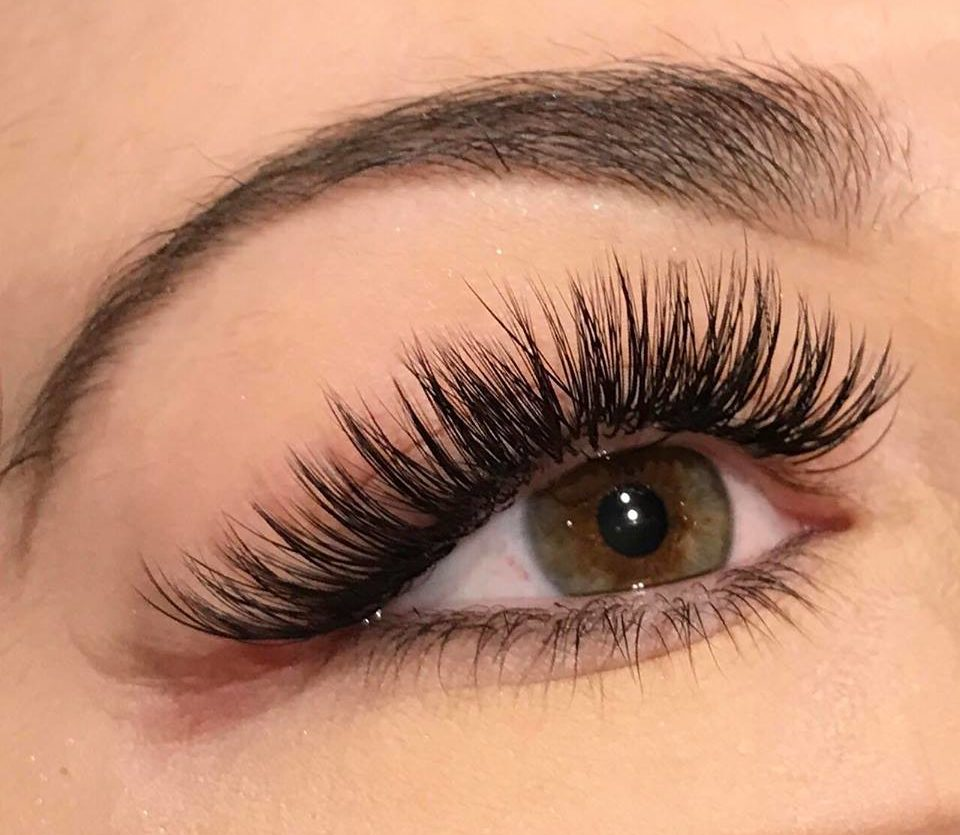 Ilash Boutique We Specialize In Eyelash Extensions